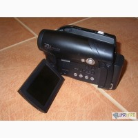 Видеокамера цифровая Samsung на DVD дисках