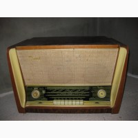 Продам радиолу Latvija VEF Рига 60 годов