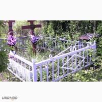 Уборка могил на кладбищах в Донецке