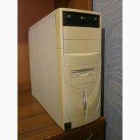 Системный блок Intel Celeron, монитор TFT 15