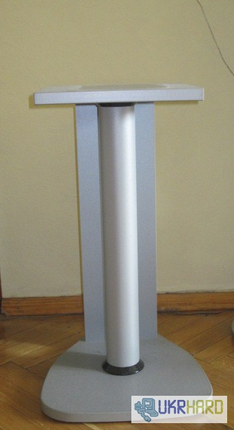 Фото 3. Продам музыкальный центр Sony MHC-RG66 с пультом и подставками к нему для колонок