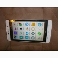 Смартфон S-TELL C560