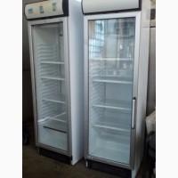 Холодильный шкаф б/у под стеклом