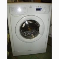 Продам стиральную машину Indesit WISE 8/WISE 107